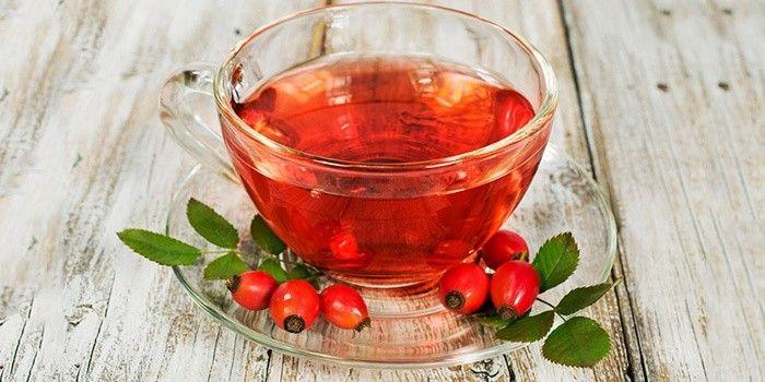 Чай с имбирем и шиповником для тонизирования