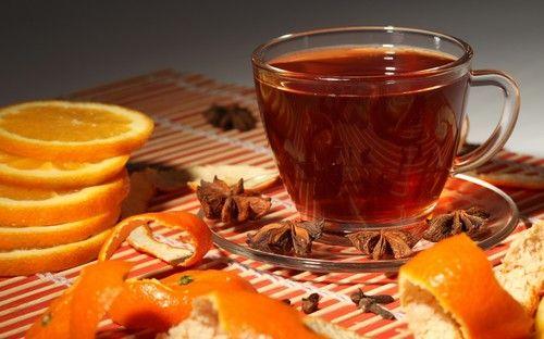 чай имбирный с апельсином, морковью и льдом