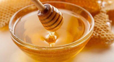 В состав для уксусного обертывания добавляется мед
