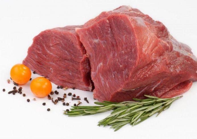Говяжье мясо, чтобы приготовить мясные котлеты