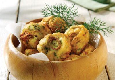 Фото овощных котлет по диетическому рецепту с луком-пореем