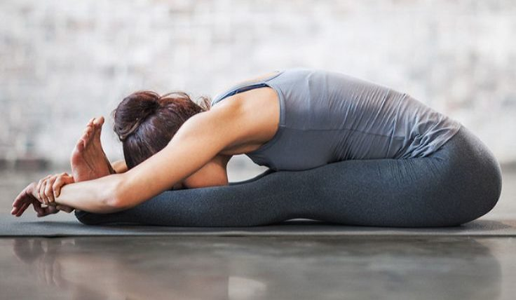 Наклоны для похудения живота из положения сидя