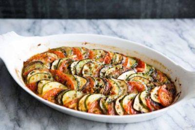 Рецепт овощной диетической запекаанки с кабачками и баклажанами