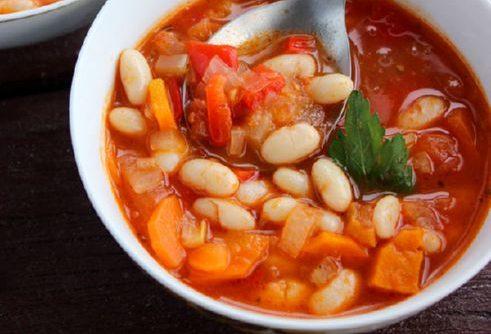 Рецепт овощного супа Фасолада с фасолью