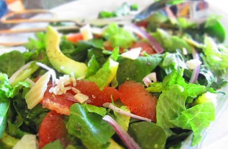 диетический салат для похудения с тунцом консервированным