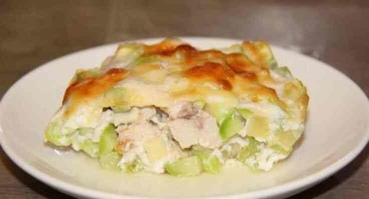 Диетическое блюдо из кабачков и курицы