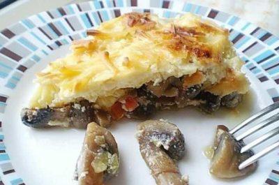 Диетическое блюдо с кабачком и грибами