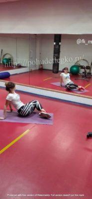 Упражнения для похудения живота и боков сидя