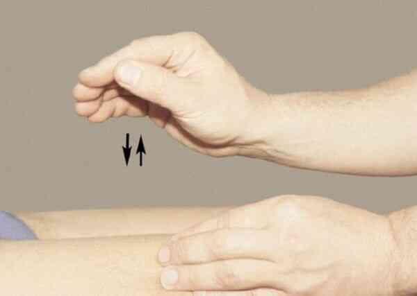 Прием массажа от целлюлита похлопывания