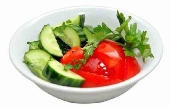 Несовместимые продукты огурцы и помидоры