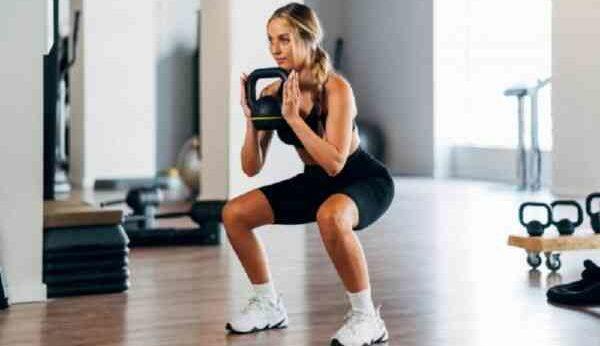 Упражнение с утяжелением после 40 делать нельзя